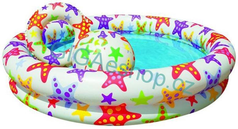 DĚTSKÝ BAZEN S DOPLŃKY (Sada Stargaze Pool Set od výrobce Intex je ideální pro horké dny a mladší děti. Sada mimo nafukovací bazén obsahuje také nafukovací kruh a balón.)